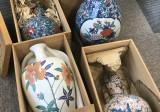 色鍋島の花瓶など